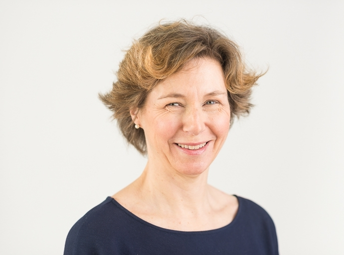 Dr Nicola Giffin