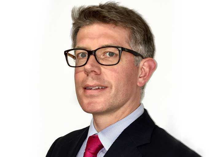 Dr John Saunders